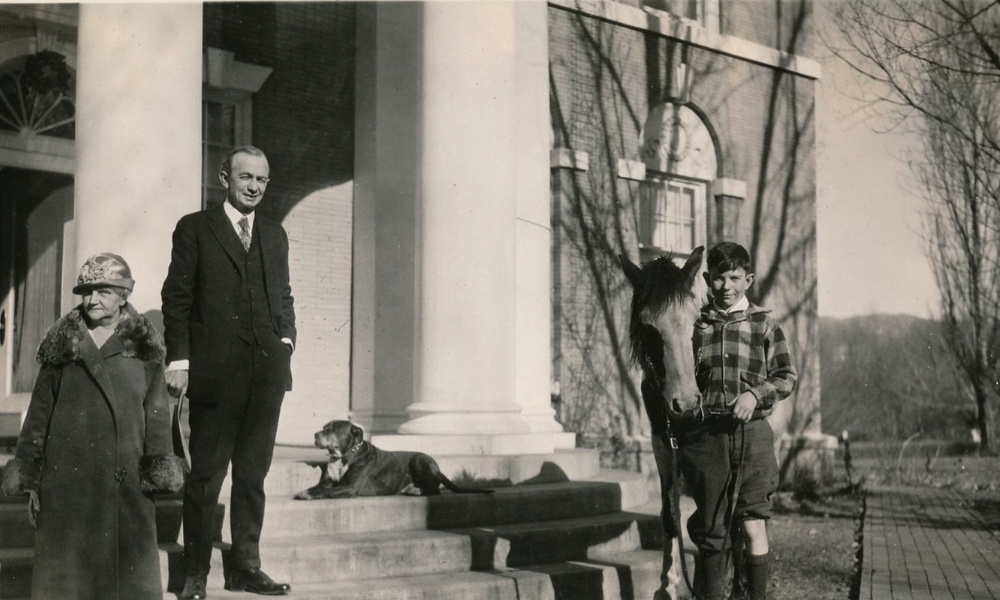 Santa Fe's seventh governor, Arthur Thomas Hannett, elected in 1924, and his family.