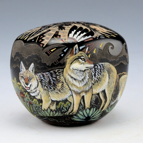 A seedpot with wolf and horned lizard by Jennifer Tafoya